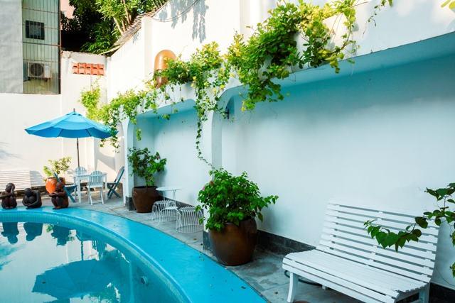 Một góc hồ bơi để bạn có thể bơi thỏa thích hoặc chọn là nơi để tổ chức tiệc, sinh nhật, ngày vui...