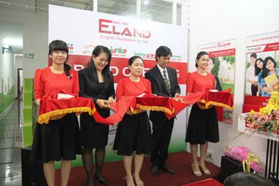 Lễ ra mắt Trung tâm ngoại ngữ Eland