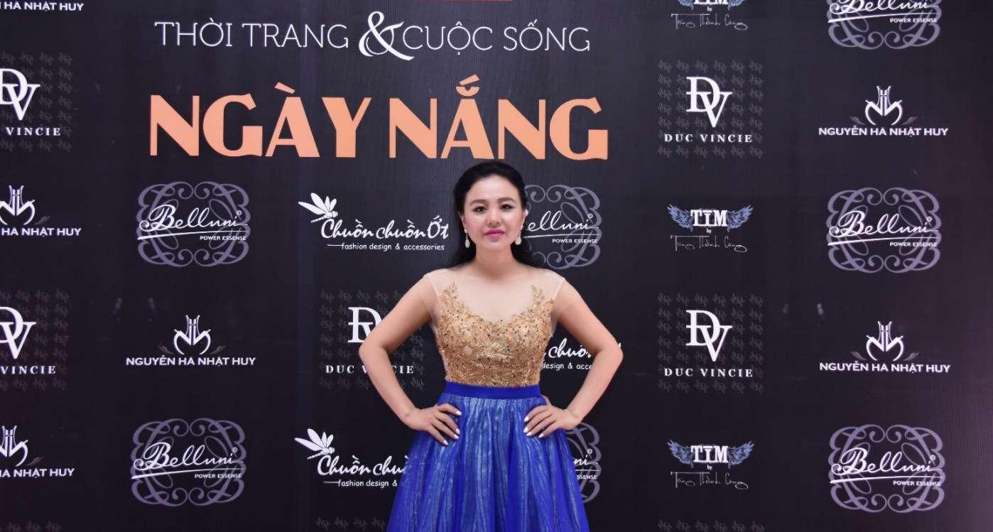 Nữ Hoàng Trí Huệ Việt  Minh Đăng rực rỡ với phong cách hoàng gia trong trang phục dạ hội Đức Vincie