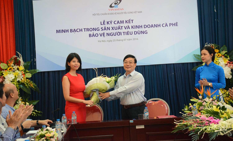 Nestlé Việt Nam ký cam kết minh bạch trong sản xuất và kinh doanh cà phê  bảo vệ người tiêu dùng