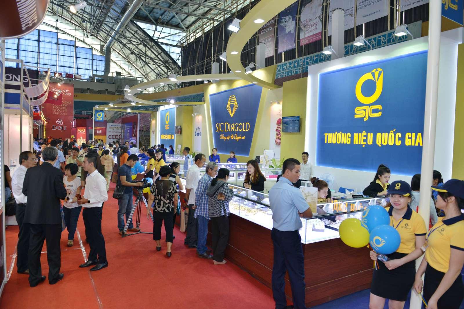 Hinh 3 Gian hàng SJC tại Hội Chợ VIJF