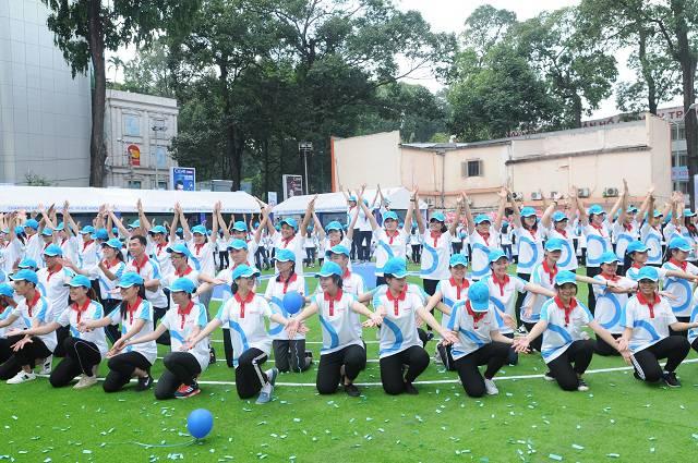 Đồng diễn thể dục khởi động cho cam kết ủng hộ lối sống vui Khỏe, phòng chống đái tháo đường (2)