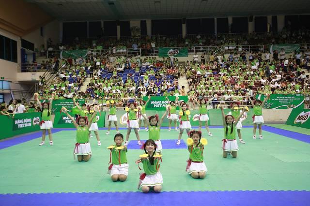 Các đội thi mang đến những phần trình diễn ấn tượng tại Hội thi