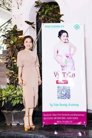 Người đẹp Vy Trần - phunuhiendai.vn-1