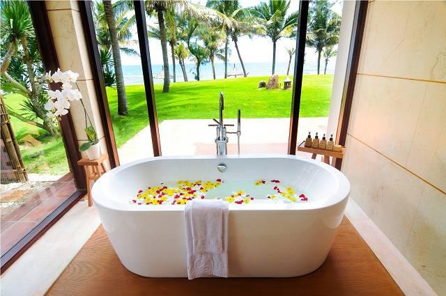 Palm Suite 420 - bath 2 - Copy