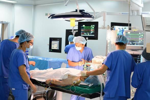Vinmec Central Park là một trong số ít các cơ sở y tế tại Việt Nam sở hữu êkip can thiệp tim mạch đồng đều về chuyên môn